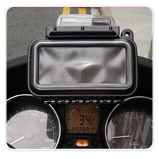 RAM AQUA-BOX Mounted on Piaggio MP3